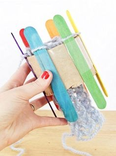DIY a Knitting Loom and Knit With It