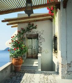 Love Mediterranean & Spanish-Italian Influenced architecture. So now just need to move to CA, FL or overseas. :)