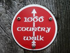 Perhaps the most famous East Sussex and Kent walking route is the 1066 Country Walk which starts in Pevensey, East Sussex, and ends in Rye, Kent. The total distance is 30 miles of long distance path so I decided to break it down in to two walking routes; Pevensey to Battle then Battle to Rye, making it roughly 15 miles each walk. http://www.walksandwalking.com/2012/05/walks-and-walking-east-sussex-and-kent-walks-1066-country-walk-walking-route/