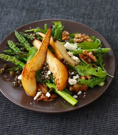 Caramelized Pear and Asparagus Salad with Caper Vinaigrette seasonwithspice #Salad #Pear #Asparagus