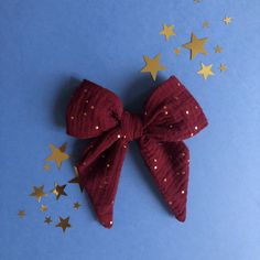 Learn how to use your scraps A reasonably bow for hair Sewing Online, Baby Couture, Creation Couture, Diy Headband, Rook Jewelry, Halloween Crafts, Diy Fashion, Hair Bows, Diy And Crafts