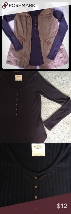 Women's ribbed long sleeve tee Navy long sleeve 3/4 button ribbed tee. Thin & light weight. Perfect for layering. Says size small but has stretch to it and could easily fit a medium. Abercrombie & Fitch Tops Tees - Long Sleeve