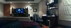 I downloaded an app called Pano and tested out the #HTC #One camera for the first time. Here is the result of a low light shot. Very awesome :)