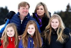 Newmyroyals:  Dutch Royal Family photoshoot in Lech, Austria, February 27, 2017-King Willem-Alexander and Queen Maxima with Princesses Ariane, Alexia, and Amalia