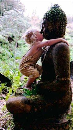 Buddha Painting, Krishna Painting, Planet Love, Clay Wall Art, Buddha Zen, Carnival Festival, Goddess Art, Zen Meditation, Buddhist Art