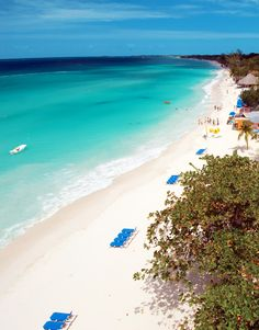 Gorgeous view from seven mile beach in Negril, Jamaica