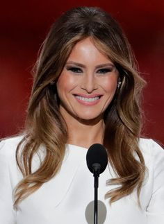 Melania Trump Rocks A Smoky Beauty Look & Soft Curls At RNC