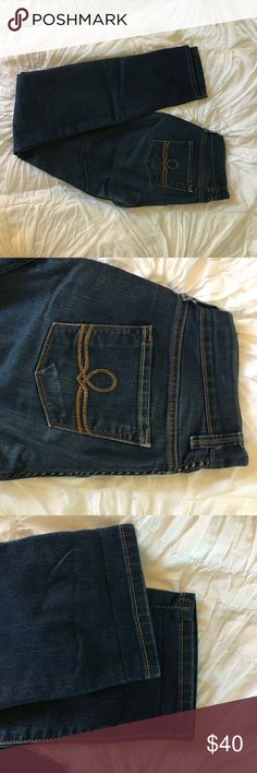 Lucky Brand Sofia Skinny 25 These are practically new!! Love them but I am unfortunately nowhere near a size 25 anymore. Lucky Brand Jeans Skinny