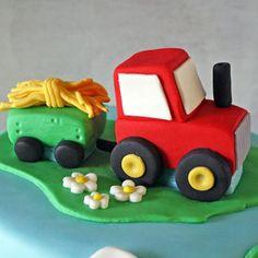"Képtalálat a következőre: ""tractor cake tutorial"" Barnyard Cake, Farm Cake, Cake Topper Tutorial, Fondant Tutorial, Tractor Birthday Cakes, Tractor Cakes, Wedding Cake Fresh Flowers, Cake Wedding, Tractors"