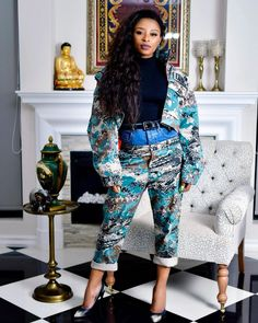It's not surprising that Somizi and DJ Zinhle just rocked the same outfit. Nigerian Food, Dance Moms, Harem Pants, Dj, Couples, Model, Gossip, Lightning, Outfits
