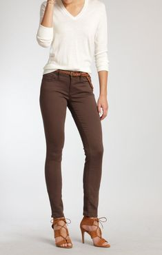brown pants outfit \ brown pants outfit & brown pants outfit for work & brown pants outfit chocolate & brown pants outfit men & brown pants outfit winter & brown pants outfit casual & brown pants outfit for work winter & brown pants outfit for work spring Brown Pants Outfit For Work, Brown Outfit, Brown Skinny Jeans, Black Jeans, Jean Outfits, Casual Outfits, Work Outfits, Slim Pants, Clothes For Women