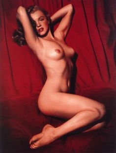 Marilyn  - 1949 -TomKelley photo