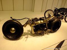 http://de.autoblog.com/photos/essen-motor-show-2013-die-bikes-50-fotos/1635177/