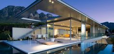 FIRST CRESCENT - CAPE TOWN SOUTH AFRICA - SAOTA