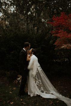 Bride Elisabetta wears the RIVIERA veil 5 Headpiece Wedding, Bridal Hair, Bridal Looks, Bridal Style, Cathedral Wedding Veils, Modern Romance, Floral Lace, Bride, Wedding Dresses
