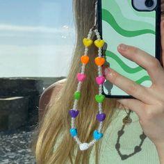 Diy Crafts Jewelry, Cute Jewelry, Beaded Jewelry, Beaded Bracelets, Jewellery, Diy Phone Case, Cute Phone Cases, Diy Bracelets Easy, Homemade Jewelry