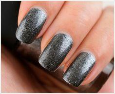 #silver #glitter #nails