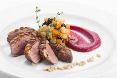 Magret de pato en salsa de frutos rojos ¡Un plato de 10!   #MagretDePato #RecetaMagret #RecetasDePato #CocinarPato #HacerMagret