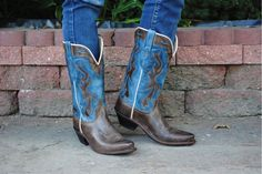 Best Cowboy Boots, Womens Cowgirl Boots, High Fashion, Your Style, Pairs, Chic, Classic, How To Wear, Shoes