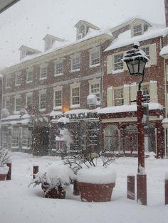 headhouse square, philadelphia.  winter.  photo by thepluckycat