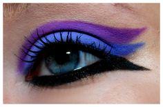 Triple colored winged eyeshadow look