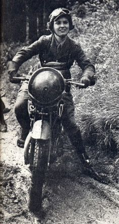 British Army dispatch rider, 1940 Men and women took part in these mostly unheralded but often risky missions. This is a great picture.