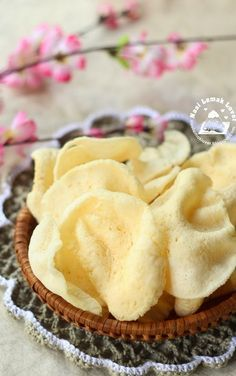 Nasi Lemak Lover: Homemade Prawn Crackers 自制虾饼