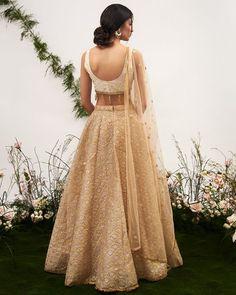 blouse back designs, blouse back design ideas, saree blouse design, choli back design - Indian Gowns Dresses, Indian Fashion Dresses, Dress Indian Style, Indian Designer Outfits, Designer Dresses, Pakistani Dresses, Fashion Outfits, Ghagra Choli, Bridal Lehenga Choli