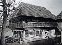 #Čičmany #Považie #Slovensko #Словакия #Slovakia My House, Nostalgia, Cabin, House Styles, German, European Countries, Czech Republic, Life, Traditional
