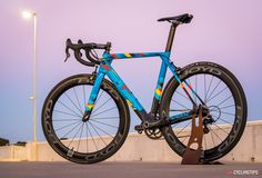 SwiftCarbon recently introduced a new bike to its road catalogue, taking some of the elements that defined the Ultravox and giving them an aero edge to produce the Hypervox. The new design is a bold and purposeful race bike and according to SwiftCarbon, demonstrates that there is no need for gimmicks to create a fast …
