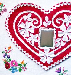red and white hungarian honey cake! felt and ric rac heart valentine tutorial. Color version examples too. pattern as well. http://madewithlovebyhannah.com/WordPress/?p=760