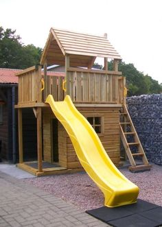 Backyard Fort, Kids Backyard Playground, Backyard For Kids, Kids Outdoor Play, Outdoor Play Areas, Kids Play Area, Backyard Play Equipment, Kids Yard, Backyard Playhouse