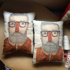 Loving all the brilliant bearded merchandise from @redelkstudio http://www.beardrevered.com/beard-bulletin/beard-bags-and-more-from-red-elk/