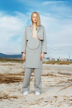 Jacquemus Pre-Fall 2015 Collection Photos - Vogue