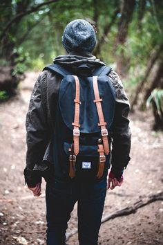 Shop the best backpacks and mens wallets from Herschel Supply Co. Pack your bags and hit the beach with the Little America, Novel Duffel, Heritage, or Pop Quiz Mochila Edc, Der Gentleman, Moda Blog, Look Street Style, Inspiration Mode, Backpack Bags, Herschel Backpack, Hiking Backpack, Canvas Backpack