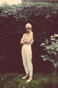 Turban, Flats Fashion Flats, Turban, Neutral Colors, Personal Style, Jumpsuit, Stylists, Street Style, Glasses, My Style