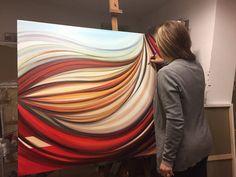Anna Rita Cacciatore è una pittrice d'origine pugliese, che dopo aver conseguito il diploma presso l'Istituto d'arte di Lecce, parte alla volta di Bologna, dove concluderà il suo ciclo di studi laureandosi al DAMS. Dopo il conseguimento della sua laurea, dice l'artista, «ho avuto un momento in cui mi sono dedicata ad altro, poi però,…