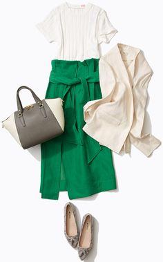 知的ジャケットと涼やかスカートでシャキッと! 上品でまねしやすいスタイリングで人気のスタイリスト入江未悠さんがルミネ池袋のショップアイテムを使ってスポーツ派・アクティブ派には欠かせないTシャツスタイルのバリエーションをレッスン!