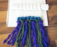 Weaving - Rya knot, free tutorial Knots, Weaving, Crafts, Free, Fashion, Moda, Manualidades, Fashion Styles, Loom Weaving