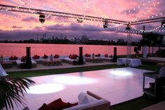 Chic beach club inspired settings for your next corporate event www.villakula.com.au