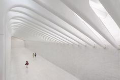 Por dentro do terminal de transporte WTC de Santiago Calatrava