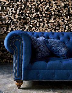 Prediction: The 2015 Pantone Color of the Year will be...! / sofa|Designer:Richard Grafton