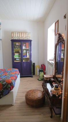 camera da letto vestita per natale... tra mobili recuperati, pouf ... - Mobili Recuperati Design