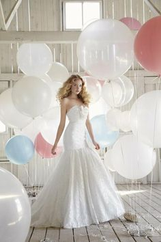 L-O-V-E this glam gown. Total show-stopper! {Jim Hjelm Blush}