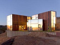 CGM House by Ricardo Torrejón