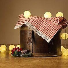 Obrus. Popcorn Maker, Kitchen Appliances, Handmade, Diy Kitchen Appliances, Home Appliances, Hand Made, Kitchen Gadgets, Handarbeit
