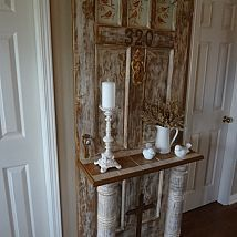 Vintage door turned into hall tree for the entrance. - Gonna make one!!! (hopefully)
