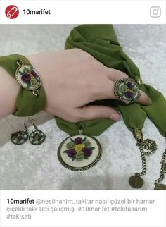 This Pin was discovered by мар Hand Embroidery Flowers, Embroidery Patterns Free, Embroidery Jewelry, Embroidery Hoop Art, Hand Embroidery Designs, Ribbon Embroidery, Cross Stitch Embroidery, Fabric Bracelets, Tote Bags Handmade
