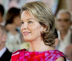 Belgian Queen Mathilde visits Horizons Neufs in Louvain