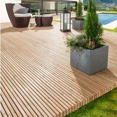 Long-lasting wooden terrace in one piece - Lawn , Garden, backyard , porch, outdoor - Balkon Wooden Terrace, Wooden Decks, Terrace Design, Patio Design, Backyard Patio, Backyard Landscaping, Terrace Garden, Pool Designs, Cabana